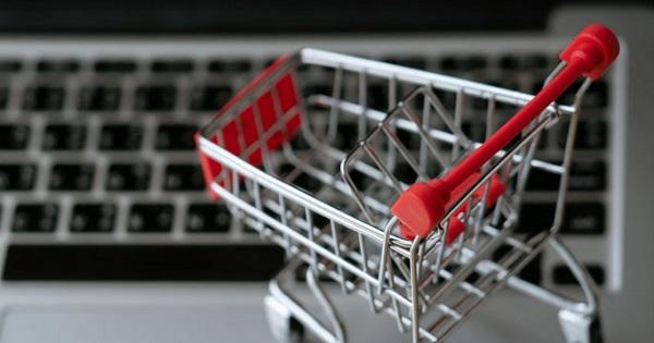 Comercializare produse online. Care sunt regulile pentru livrare si incasare?