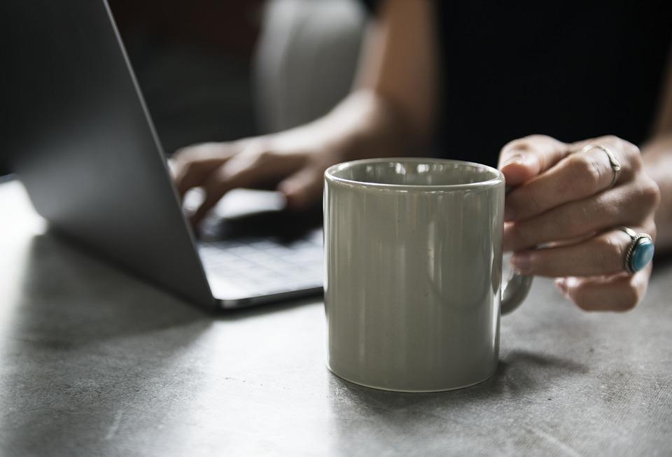Fiscul recomanda depunerea Declaratiei unice online. NU se cer documente doveditoare ale veniturilor