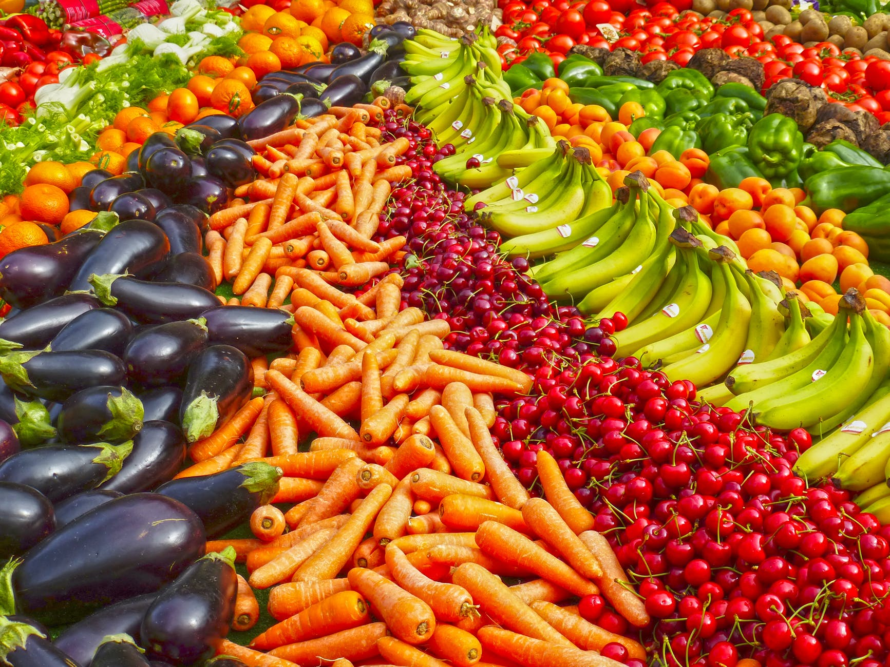 Actiunea Demetra face primele victime! Au fost confiscate peste 80 de tone de fructe si legume