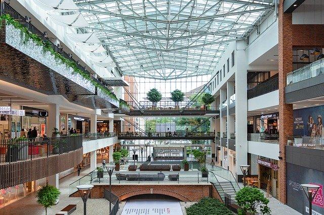 Impozitul anual pe cladiri ar putea fi redus cu pana la 50% in cazul mall-urilor