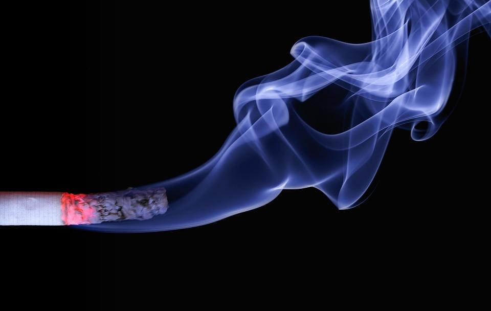 PROIECT Expunerea tigarilor in magazine, reclamele si distribuirea de mostre ar putea fi interzise