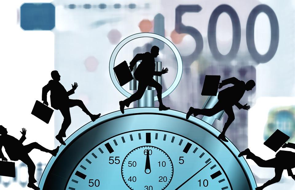 Finantele extind termenul pentru anuntarea intentiei de restructurare financiara