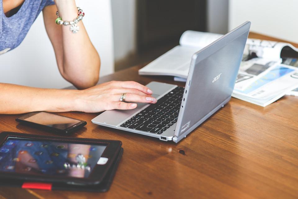 Inchirierea apartamentelor pe platforme online – obligatii fiscale si schimbari preconizate