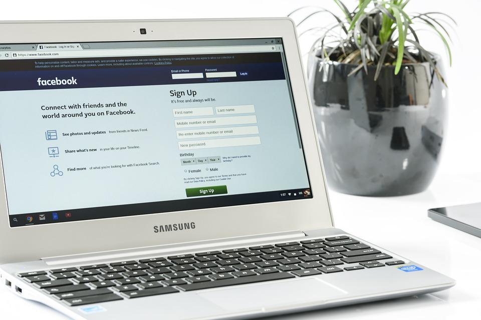 Facturi pentru campanie Facebook. Cum se procedeaza daca societatea nu are cod special de TVA?