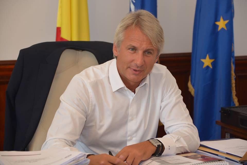 Teodorovici, pentru firme: Daca se plateste principalul pana la finalul lunii noiembrie, atunci se elimina accesoriile, penalitatile si dobanzile