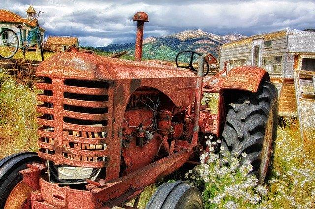 APIA: Fermierii afectati de seceta pot depune, incepand din 3 septembrie, cererile pentru ajutorul financiar